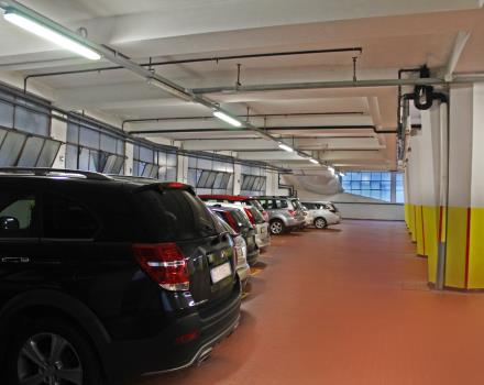 If you are travelling by car take advantage of our garage with video surveillance: one of the services of our hotel 4 stars in Bergamo!