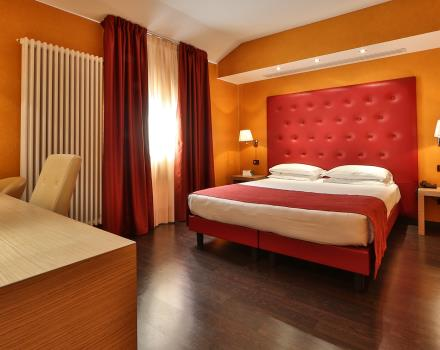 Discover the rooms of our 4 star hotel centrally located in Bergamo!